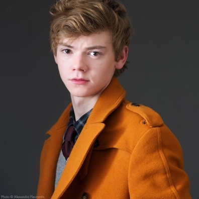 Thomas-Brodie-Sangster-mjlover4lifs-37425840-957-960