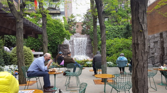 A beautiful little park steps from our hotel on East 51st; a lovely place to eat lunch