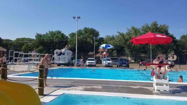 The new Beresford pool was really nice and great way to spend the hot afternoon. (Also, excellent form there brother-in-law!)