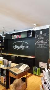 A bilingual feminist bookstore <3 <3 <3 Be still, mon coeur!!!!