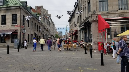 Walking around old Montreal