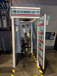 New fashioned space toilet